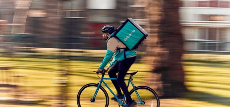 Dados de smartphone sobre milhões de viagens mostram que nas cidades ciclistas são mais rápidos do que carros e motas