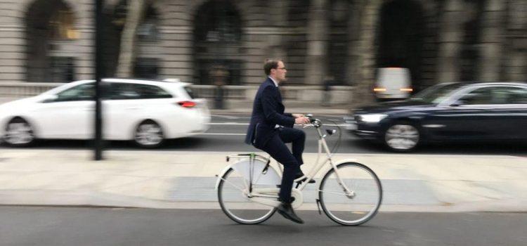 Ciclista gastam mais 40% do que os motoristas nas lojas de Londres
